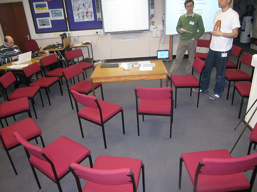 Here is a room set up for one type of fishbowl conversation.  CC photo by Flickr user Learn4LIfe